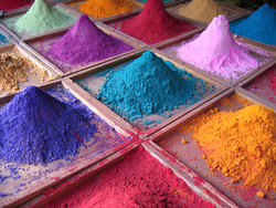 Pigments & Dyes from MAHAVIR IMPEX
